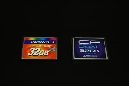 32GBチープシックCFの新旧対決だだだだ