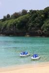 前回行けなかった伊計島へ。このビーチは有料ですが、ほんとにキレイです。設備も整ってるし。