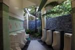 なぜか沖縄の公衆トイレはこのようにおしゃれ。石垣島もきれいだった。