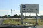 ケネディスペースセンター(KSC)に近づいてきた。わくわくだ。