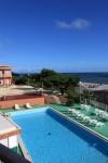 宿泊したホテルのプール。泳ぎたかった。なんせ久米島では漁港と飯に出たくらいしか記憶にない。