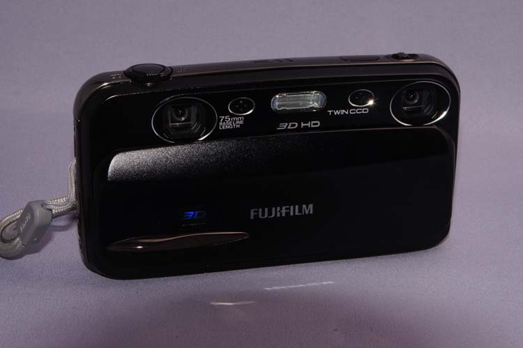 FinePix REAL 3D W3