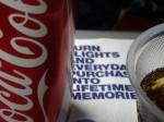 コーラはタダ。